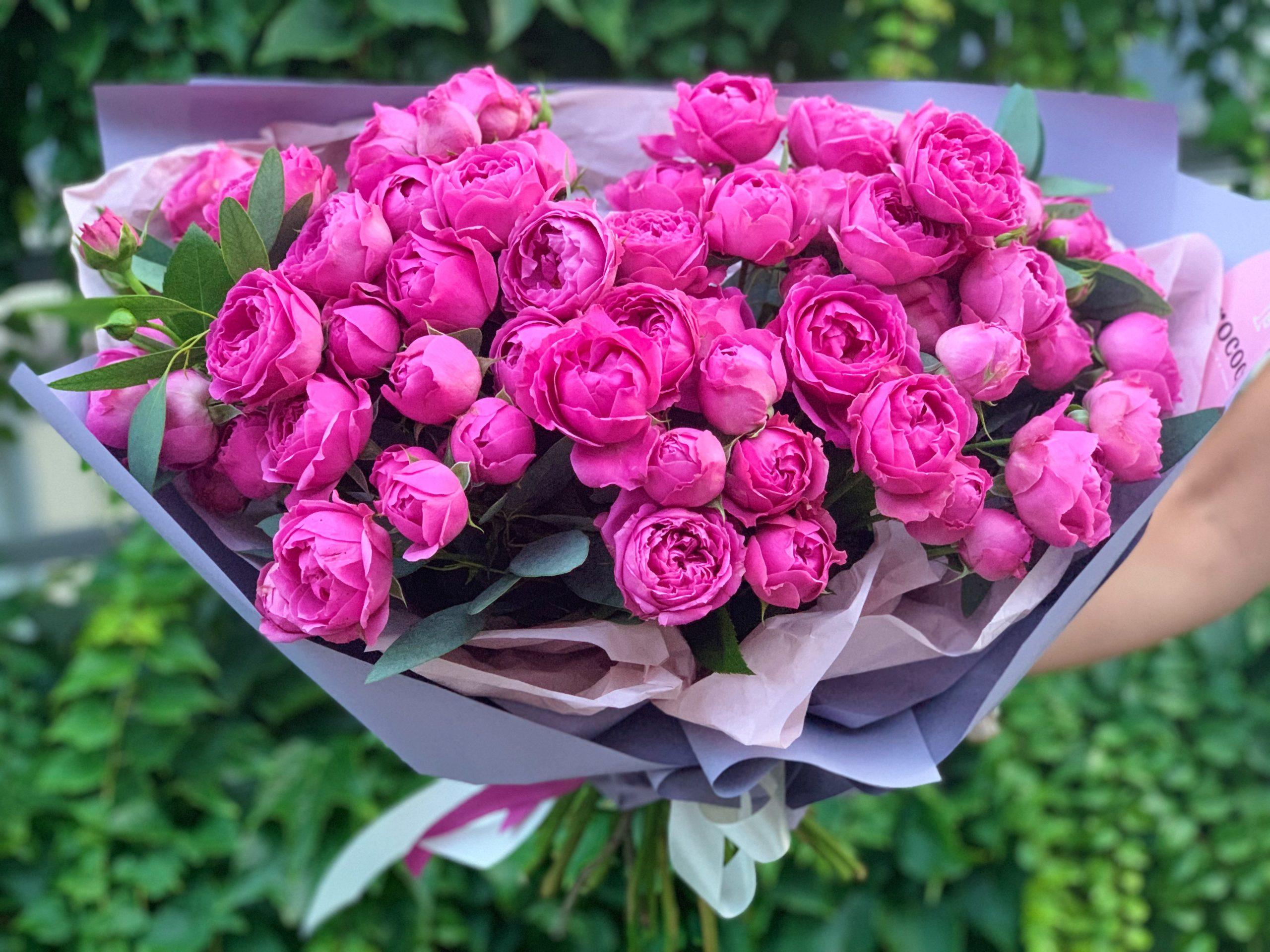 Посадка и уход в открытом грунте за кустовой розой, выращивание в саду
